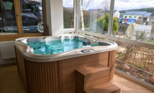 Nemo Excellence - Family whirlpool to both garden and interior - Spa Studio