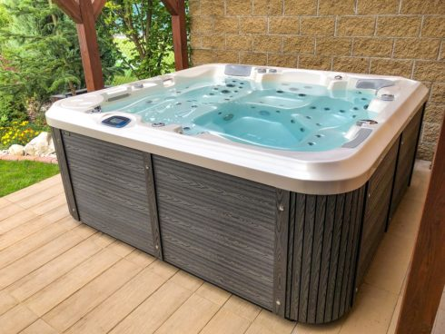 Garden whirlpool Delphina new with touch control panel and luxurious sheathing Lacan TT