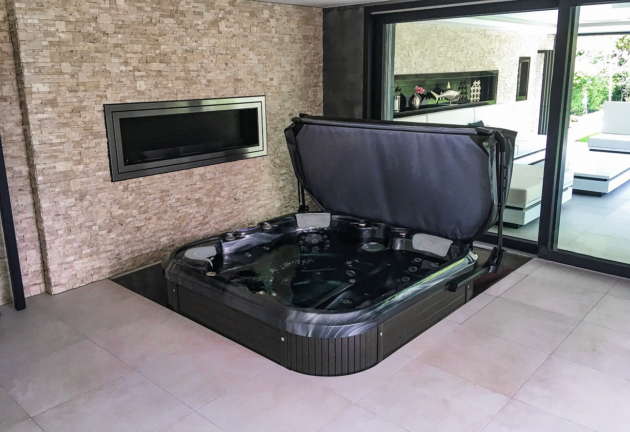 The unique Canadian Spa International® whirlpool tub in the color of the Black Pearl skeleton