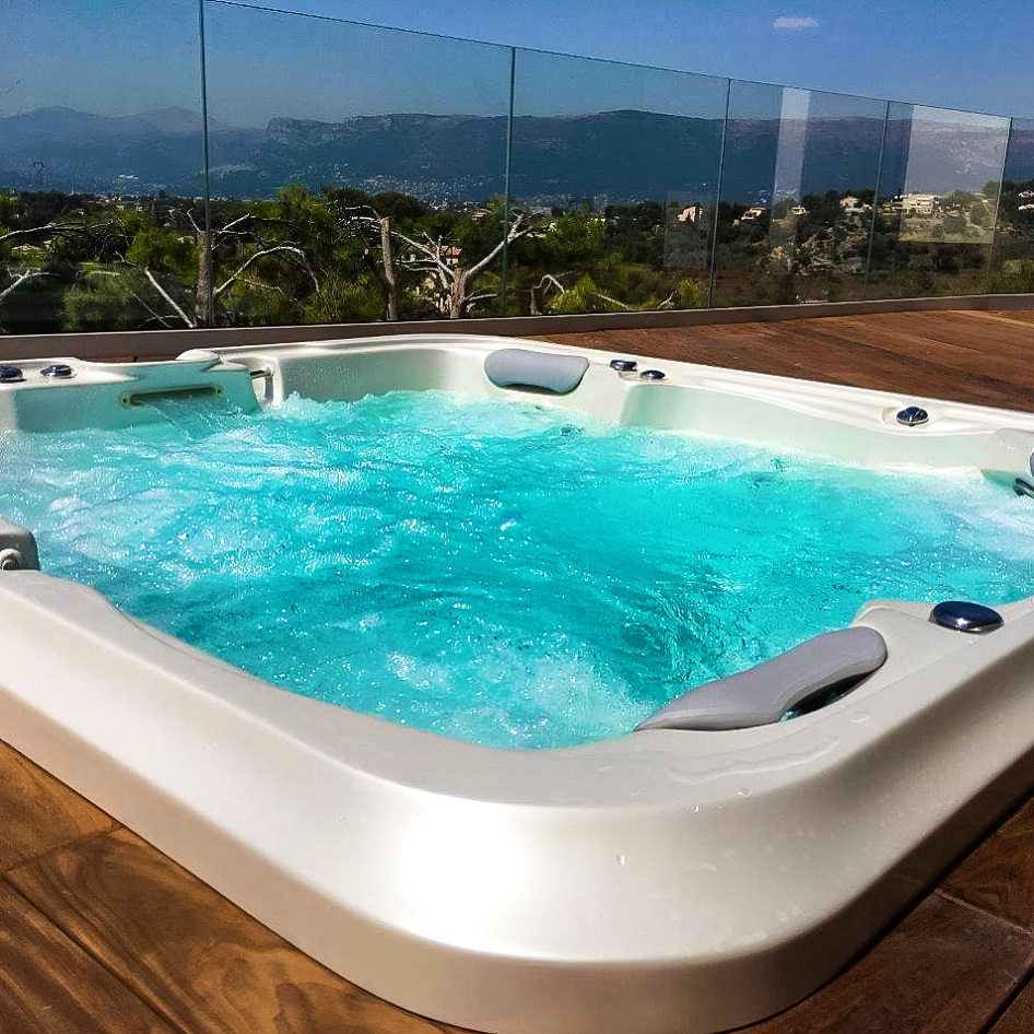 Family whirlpool Delphina Royal Vision, luxurious massage jacuzzi in a terrace - Spa Studio