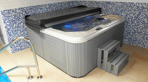 Create a home spa with hot tub Delphina Canadian Spa International® Spa Studio Bratislava